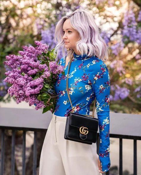 І на бенкет, і в світ: 16 модних блузок для будь-якого випадку