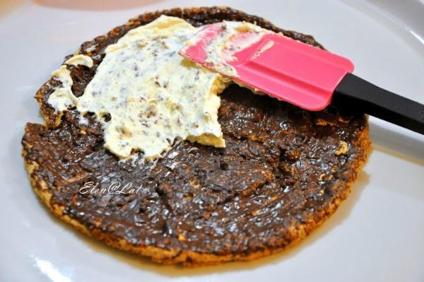 Апетитний горіховий торт: мінімум борошна та відсутність масла