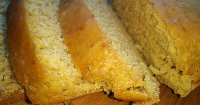 Швидкий кукурудзяний хліб без дріжджів - покроковий рецепт
