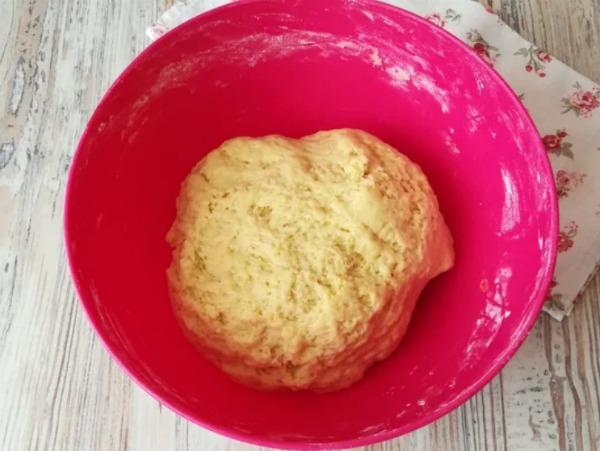 Неймовірно ніжний і м'який сирний пиріг, реально тане в роті!