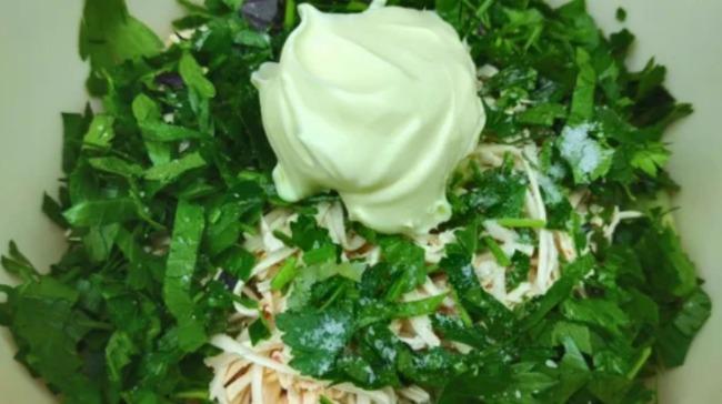 Відкрила для себе новий салат з огірків - готується 5 хвилин