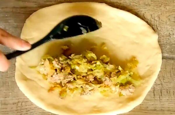 Пиріг з капустою, смачніше ви не їли - покроковий рецепт з фото