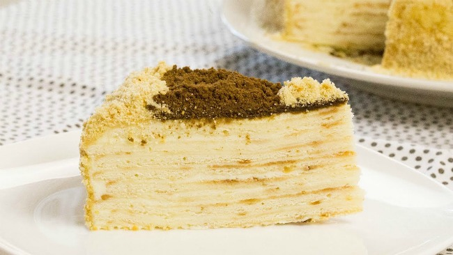 Приголомшливий бюджетний торт без випічки з трьох інгредієнтів