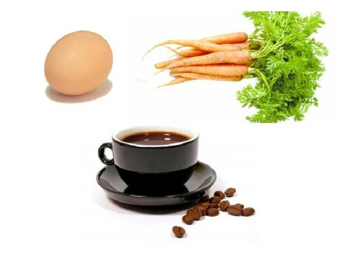 Коли внучка почала нарікати на непросте життя, бабуся пішла на кухню за морквою, яйцем і кавою