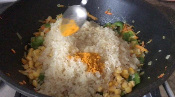 Найсмачніша вечеря з курки, рису і овочів. Готується дуже просто!