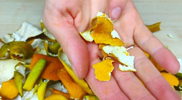 Чому я ніколи не викидаю мандаринову шкірку, а навпаки, збираю її в сезон