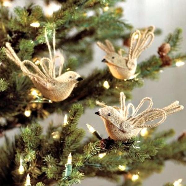 Чудові ідеї: новорічні штучки з джуту і мішковини