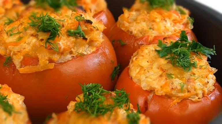Фаршировані помідори - детальний рецепт