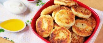 Яблучні сирники - рецепт приготування
