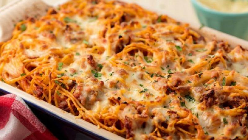 Спагеті в духовці - рецепт приготування
