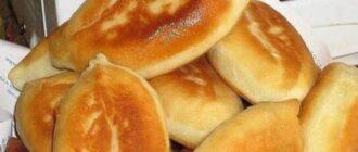 Улюблені пиріжки з картоплею - рецепт приготування