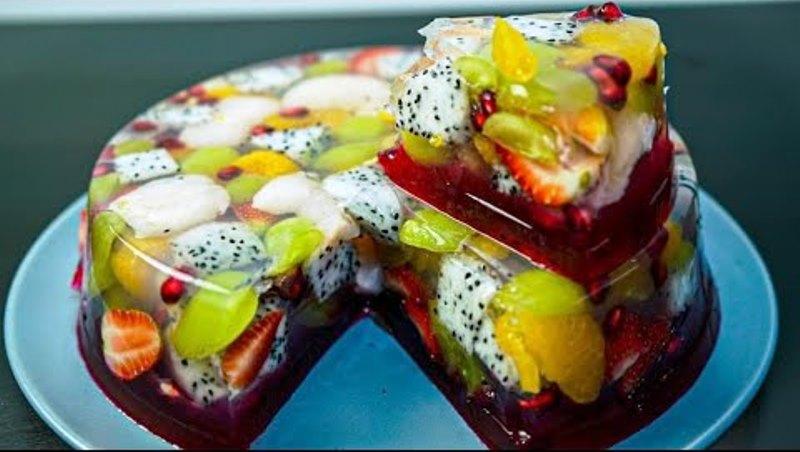 """Приголомшливий желейний фруктовий торт """"фруктовий пудинг"""""""