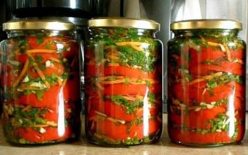 Перець болгарський з часником, рецепт приготування на зиму