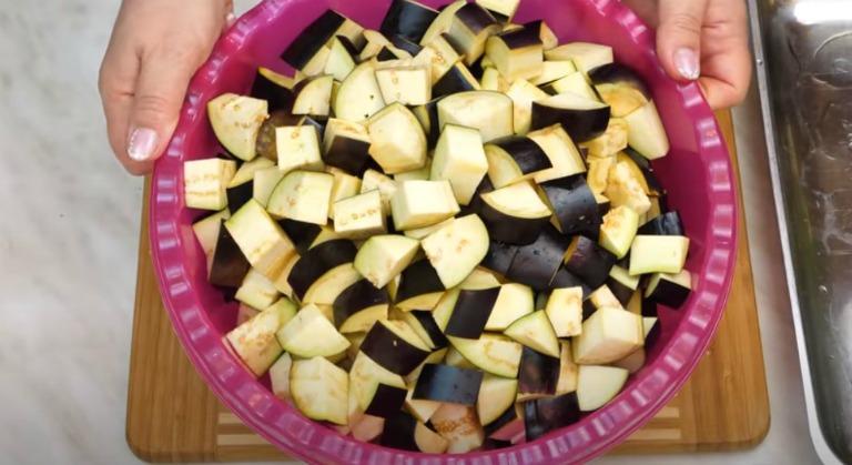 Салат-закуска з баклажанів на зиму і не тільки! Апетитні баклажани - як гриби