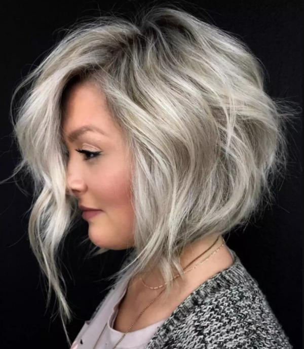 Омолодить, додасть стилю і об'єму вашому волоссю: трендова стрижка боб