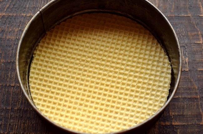 Торт з вафельних коржів з куркою і грибами, покроковий рецепт