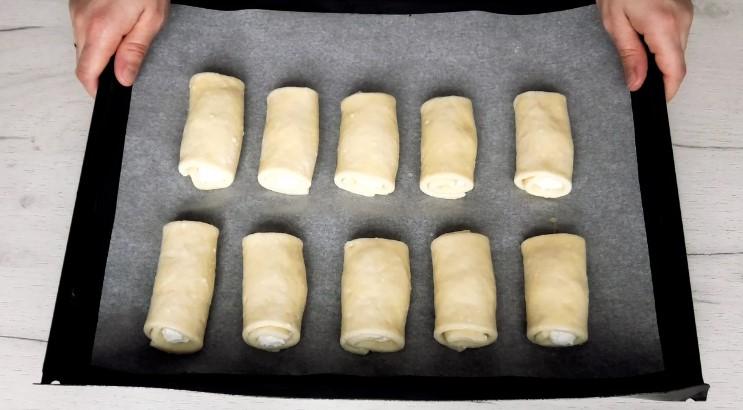 Повітряні сирні булочки з начинкою! Готуються просто і швидко