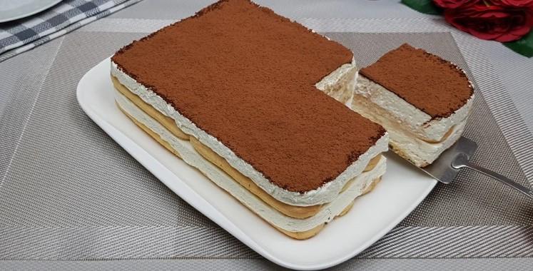 Ніжний сирний торт. Готується швидко і просто, духовка не буде потрібна