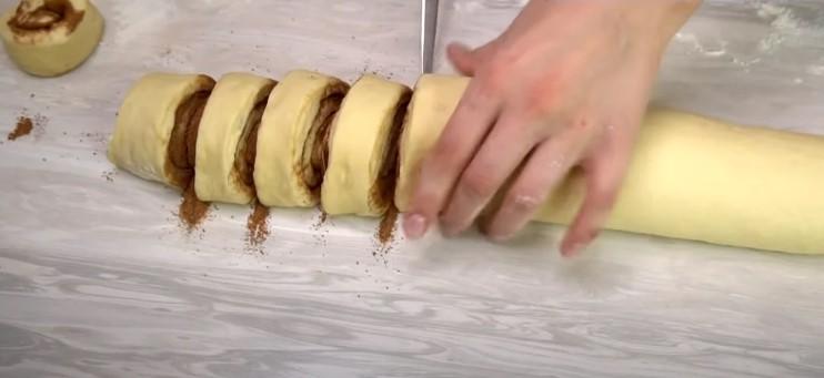 Сьогодні хочу поділиться рецептом Булочок з кремом (Сінабони)