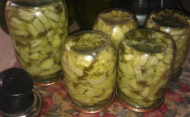 Прийшов час заготовок: рецепт тих самих кабачків, які смачніші маринованих грибів