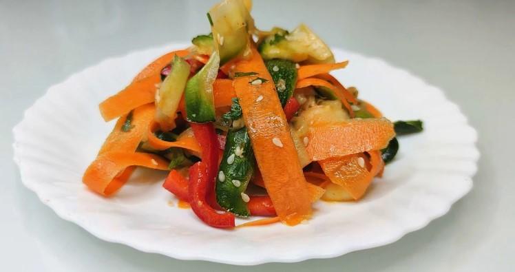 """5 років готую салат """"Калокері"""". Смачніше салату без м'яса і риби я не знаю"""