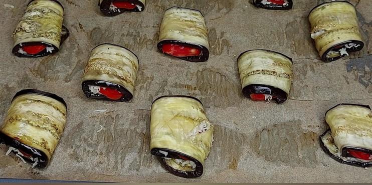 Дуже смачні роли з баклажанів без майонезу. Сковорідка не потрібна!
